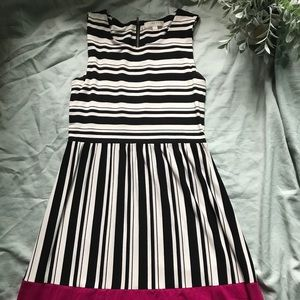 Striped Dress with pink details